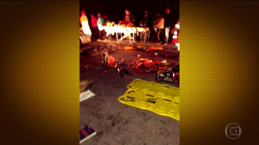 Acidente na BR-040 em Barbacena (Foto: Reprodução/TV Integração)