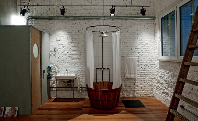 Banheiro industrial (Foto: Nelson Kon e Beto Consorte)