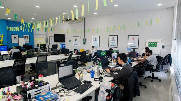 Copa do Mundo  assistir aos jogos do Brasil no trabalho depende de acordo  com patrão  9a18601428383