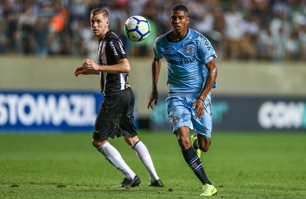 Jean Pyerre foi titular no sábado — Foto: Lucas Uebel/Divulgação Grêmio