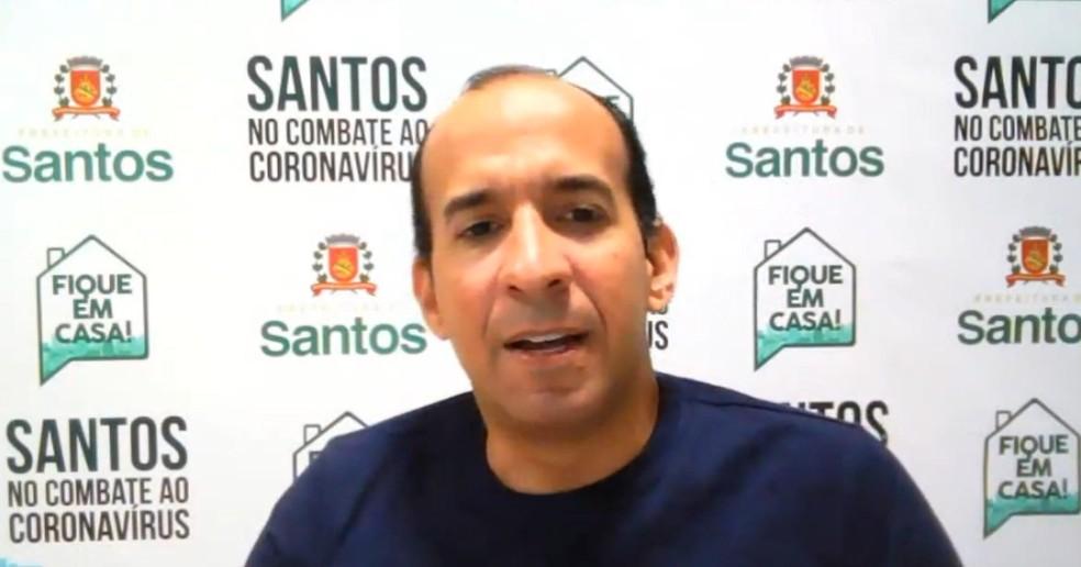 Prefeito de Santos, SP, criticou comportamento de moradores que ignoraram quarentena — Foto: Reprodução/Facebook