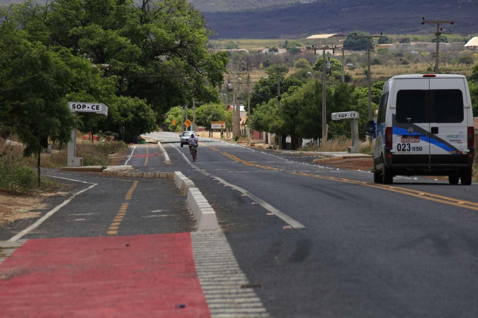 Ceará prorroga por 120 dias a validade das licenças de operação de veículos de fretamento e turismo