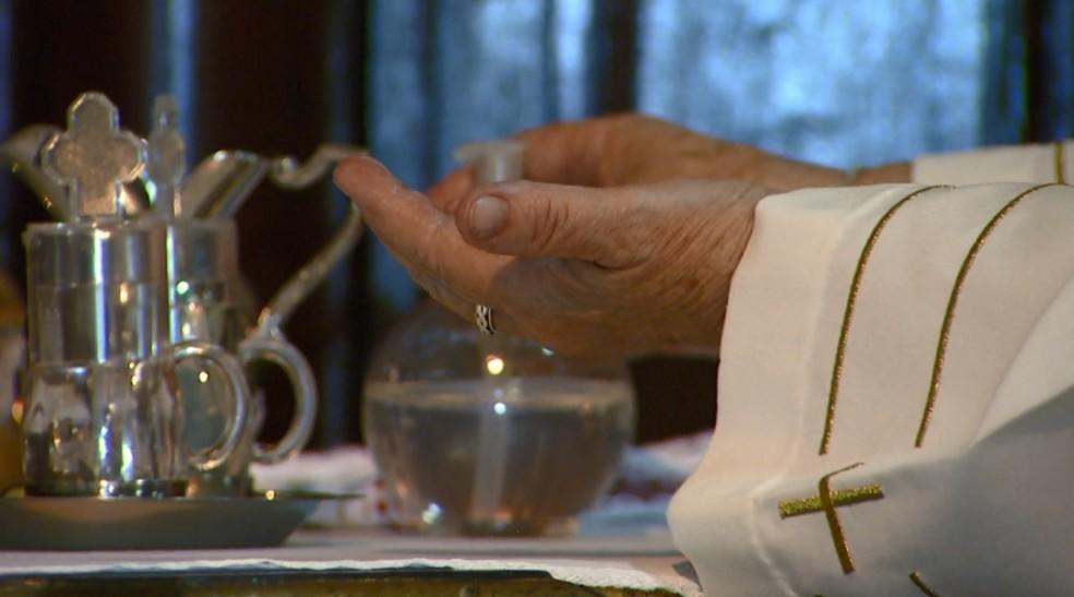 Missas acontecem nesta quarta-feira (26) — Foto: Reprodução / EPTV