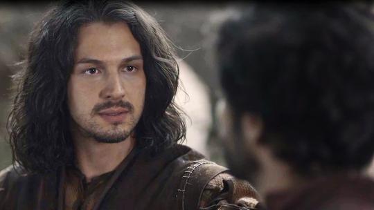 Afonso lidera rebelião para exilar Rodolfo e se tornar o novo rei