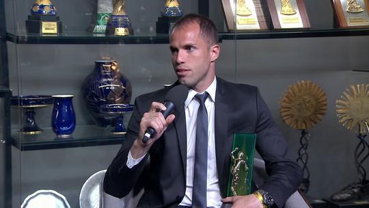 Escolhido melhor goleiro do Brasileirão, Marcelo Lomba elege defesas mais importantes