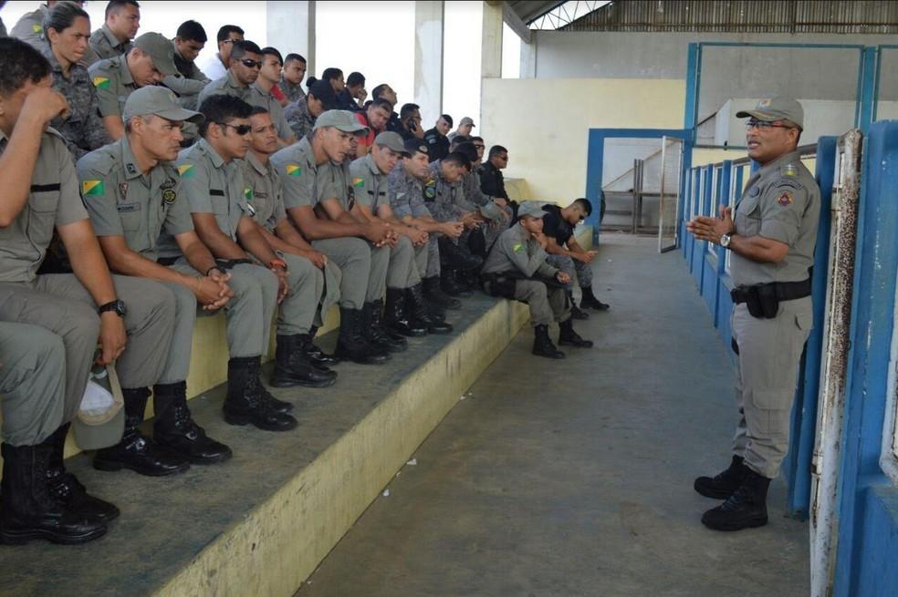 Esquema de seguran�a foi apresentado em Cruzeiro do Sul (Foto: Divulga��o 6� BPM)