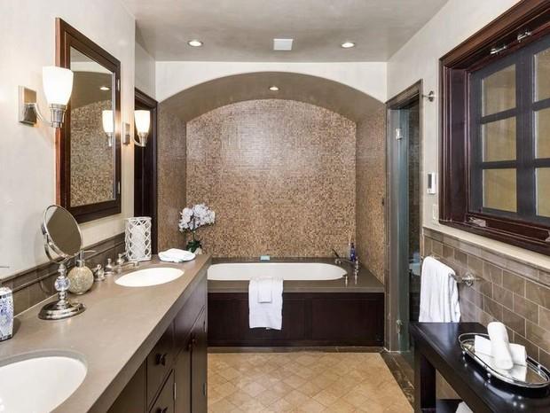 Emma Roberts fatura R$ 33 milhões ao vender mansão de quase 100 anos (Foto: Divulgação)