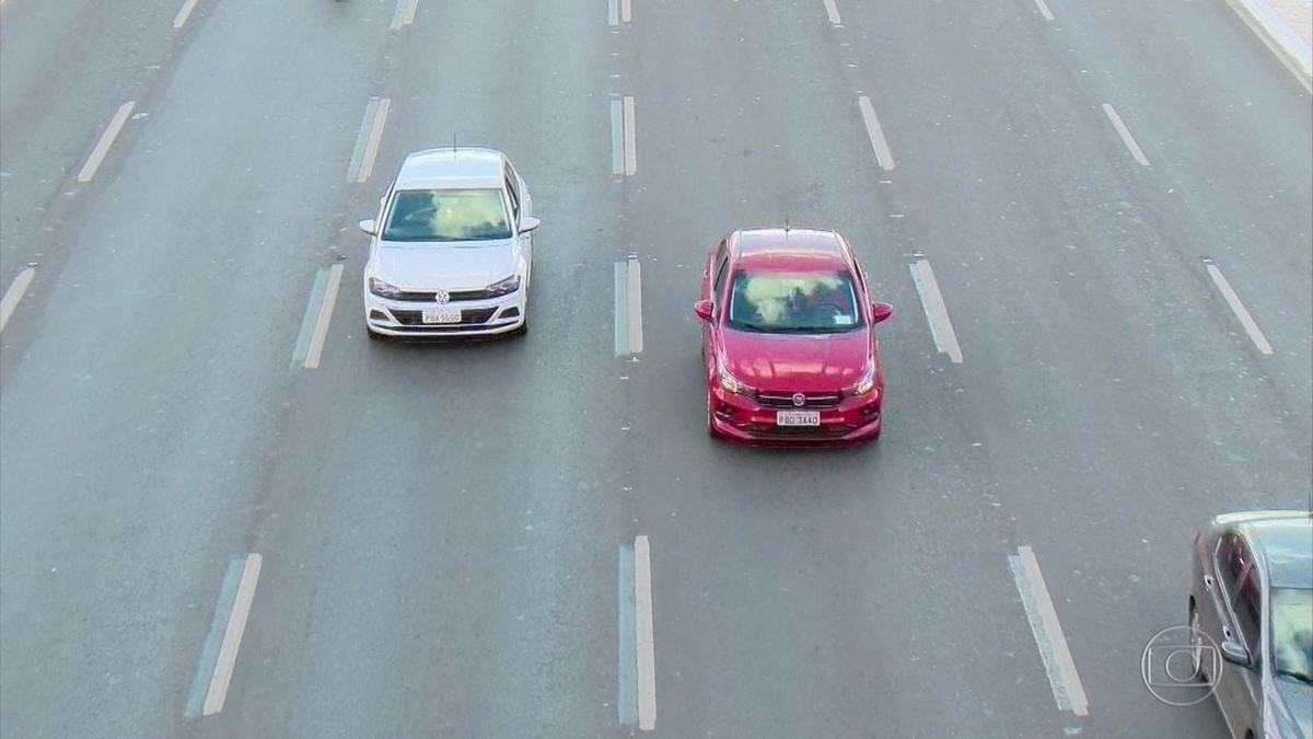 Traffic Code: Chamber changes project and fixes in 10 years validity of cnh of...
