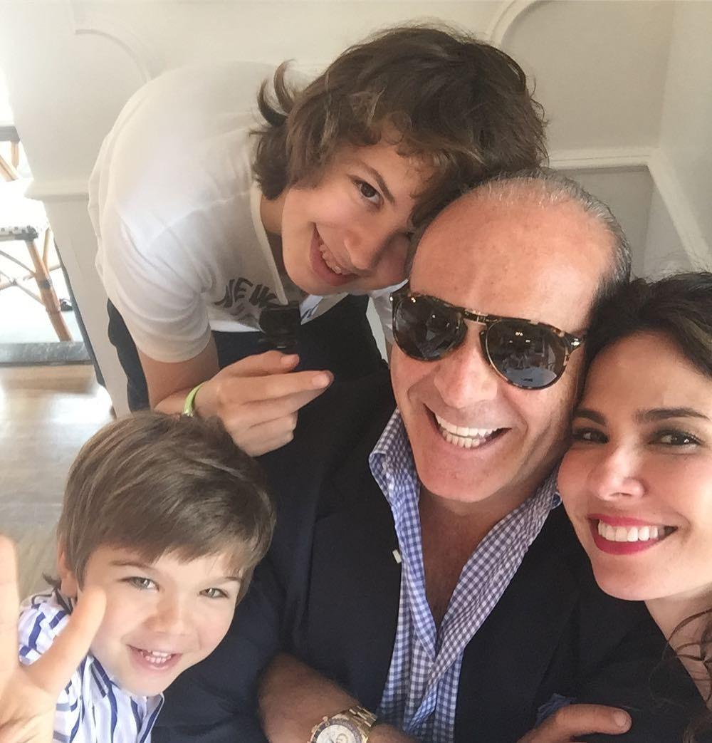 Luciana Gimenez com o ex e filhos (Foto: Reprodução)