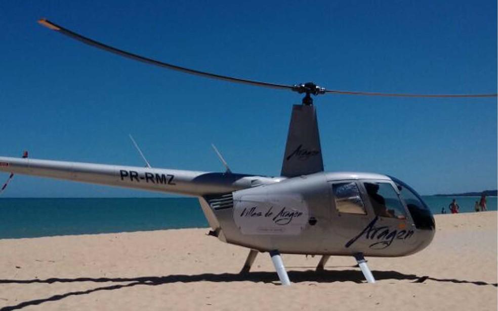 Aeronave pousou em praia de Arraial dAjuda distrito de Porto Seguro Foto Col Sotir Toni Arquivo Pessoal