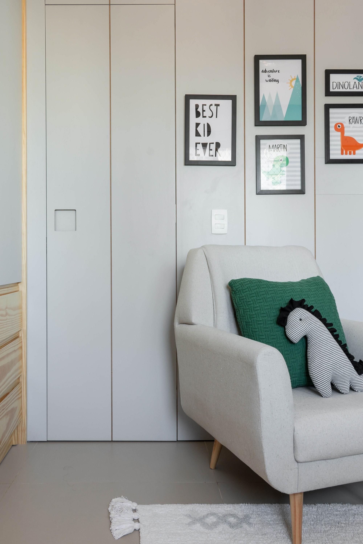 23 projetos incríveis com portas mimetizadas (Foto: Lilia Mendel/Divulgação)