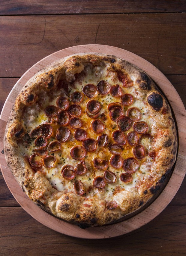 Pizza de Castelões Grande, da Bráz Pizzaria (Foto: Ricardo D' Angelo/Divulgação)