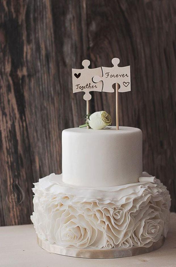 Topo de bolo de casamento: Quebra-cabeça (Foto: Pinterest/Reprodução)