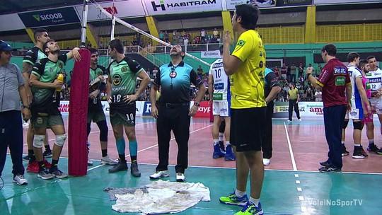 No tie-break, Itapetininga vence Campinas e sai na frente por vaga na final do Paulista de vôlei
