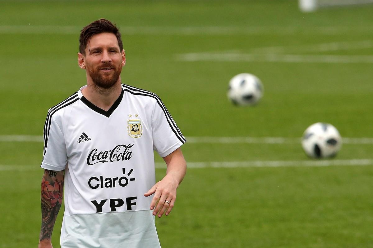 Dia  3 da Copa  Messi d62ea01accaa9