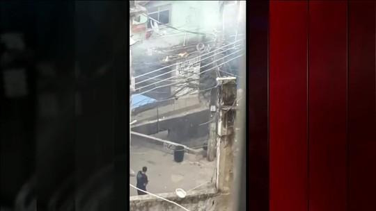 VÍDEO mostra bandidos armados e tiros na Rocinha