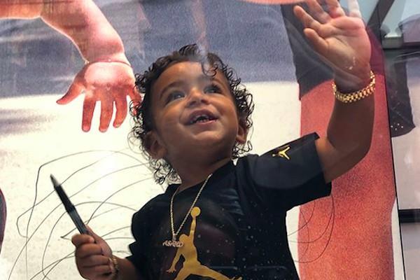 O filho do DJ Khaled com seu relógio de 130 mil reais (Foto: Instagram)