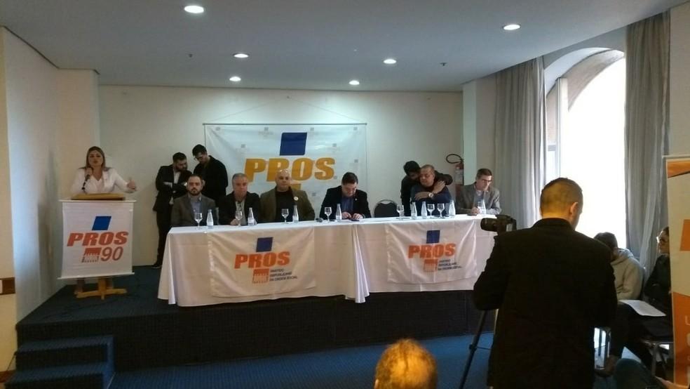 Convenção do Partido Republicano da Ordem Social (PROS) foi realizada na tarde deste sábado (Foto: Guacira Merlin/RBS TV)