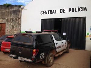 Central de Flagrantes da Polícia Militar em Porto Velho (Foto: Gaia Quiquiô/G1)