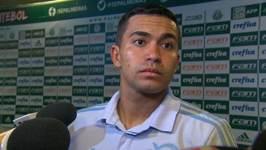 """Capitão do Palmeiras, Dudu rebate presidente do Corinthians: """"Cada um cuida do seu time"""""""