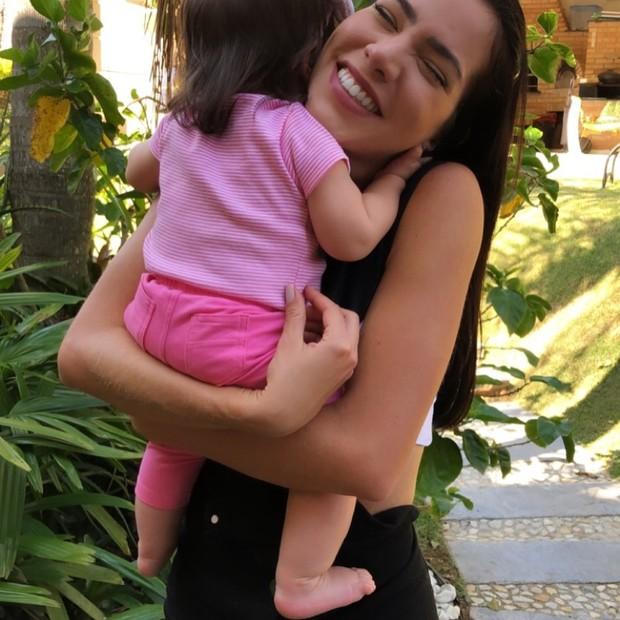 Adriana Sant'Anna com sua filha, Linda (Foto: Instagram/Reprodução)