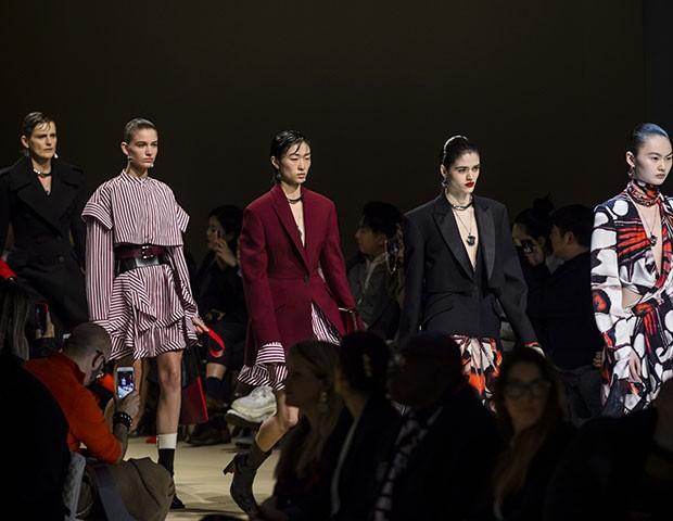 Escolhemos os looks mais marcantes da Semana de Moda de Paris (Foto: Imaxtree)