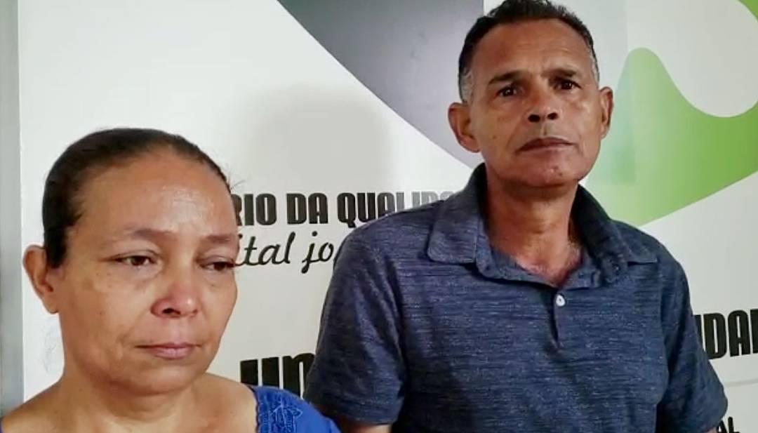 Darcília Oliveira Nascimento Silva e José Ferreira da Silva têm esperança de que o filho seja encontrado após o desastrem em Brumadinho