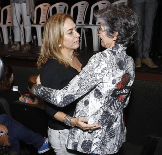 Cissa Guimarães e Cássia Kis (Foto: Thyago Andrade/Brazil News)