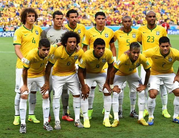 Seleção brasileira em 2014: até a chuteira branca virou raridade (Foto: Divulgação)