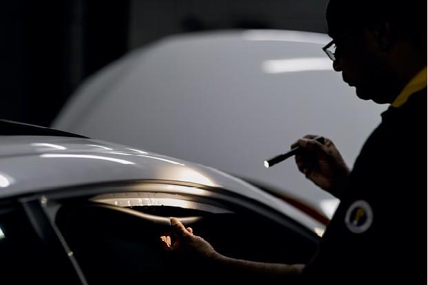 Especialistas em detectar ciladas , os vistoriadores de seguros contam como fazem para impedir fraudes (Foto: Christian Castanho)