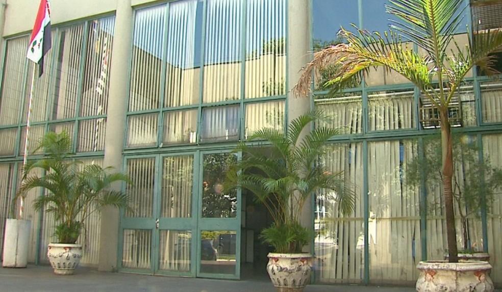 Casos de assédio ocorreram dentro de gabinete do prefeito em Pirassununga, segundo o MP — Foto: Reginaldo dos Santos/EPTV