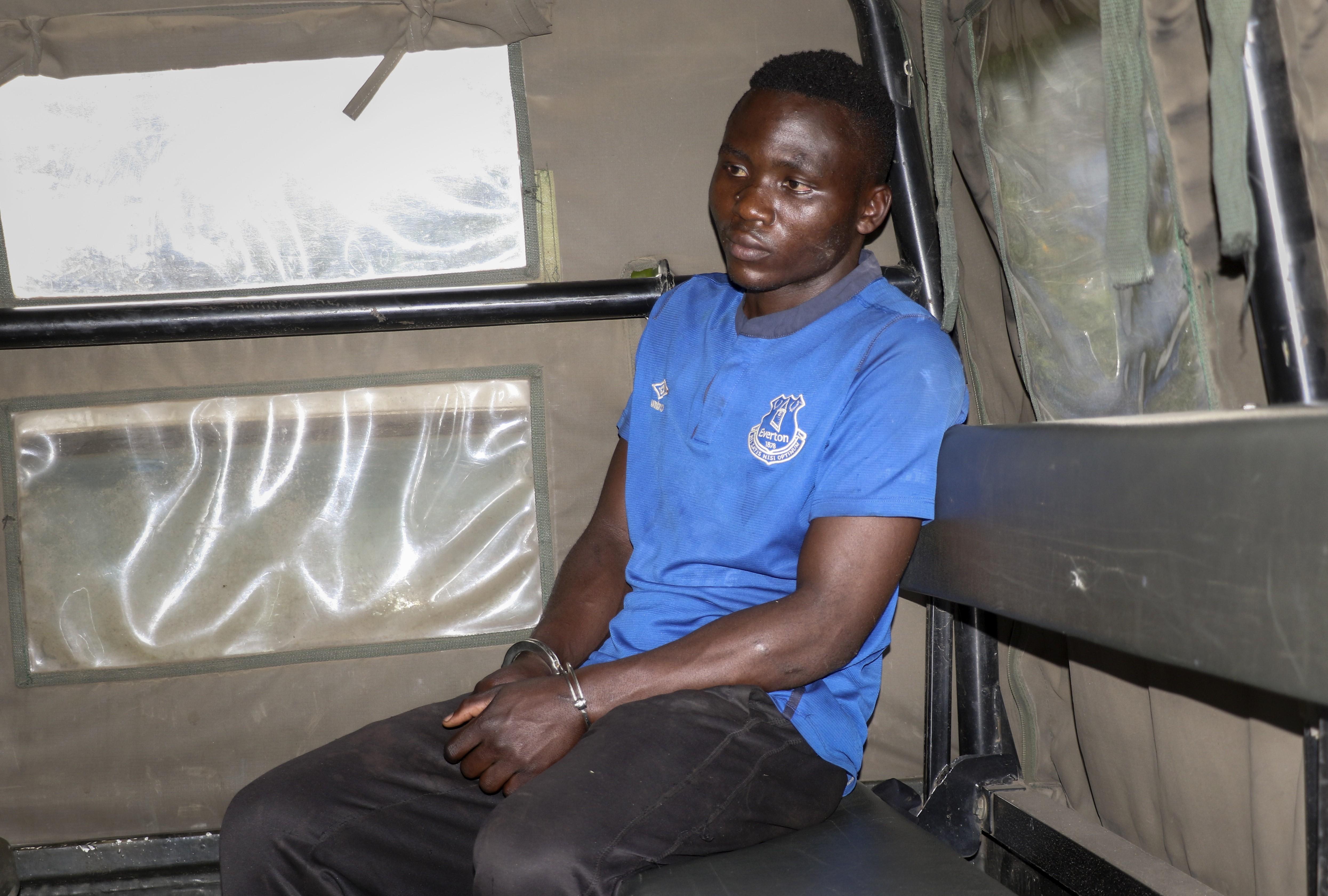 Homem acusado de matar crianças é linchado após fugir de prisão no Quênia