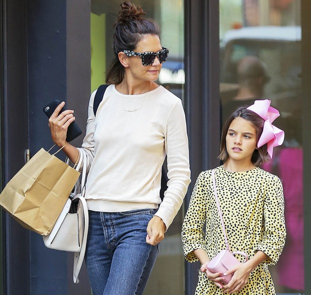 Katie Holmes e Suri Cruise (Foto: The Grosby Group)