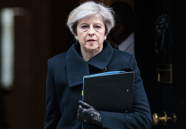 A primeira-ministra britânica Theresa May deixa Downing Street em Londres (Foto: Jack Taylor/Getty Images)