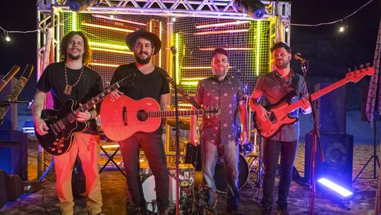 Banda Suricato participa de 'Sol Nascente' e anima cenas com a música 'Um tanto'