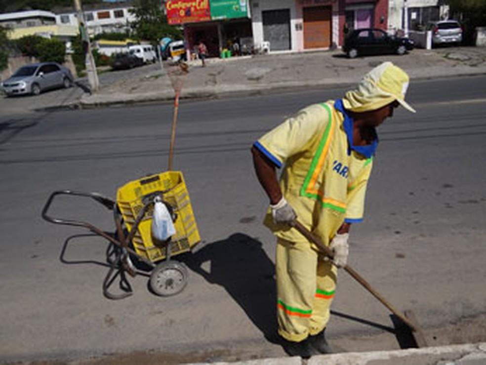 -  Há uma vaga para gari no Sine de Porto Velho nesta sexta-feira, 13, em Porto Velho  Foto: Foto ilustrativa/Luna Markman/ G1