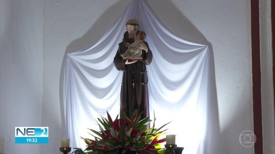 Conheça uma história de devoção e fé em Santo Antônio