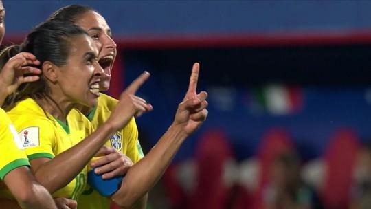 Médico e preparador físico da Seleção comentam seguidos problemas de lesão do Brasil na Copa