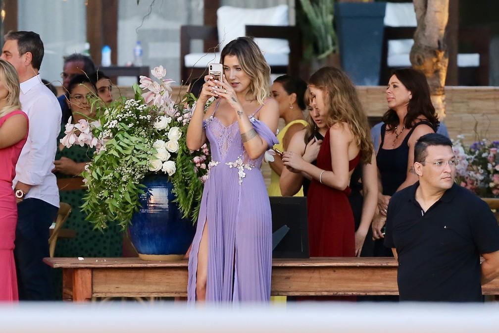 A influenciadora digital Gabriela Pugliesi, casamento Camila Queiroz e Klebber Toledo (Foto: Manuela Scarpa e Iwi Onodera/Brazil News)