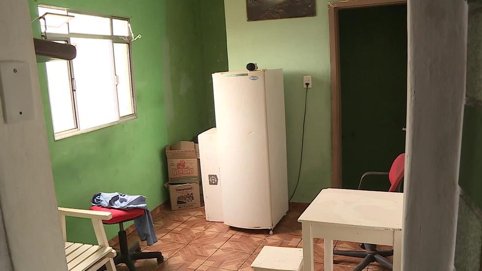 Crime aconteceu dentro de casa no bairro de Amaro Branco, em Olinda — Foto: Reprodução/TV Globo