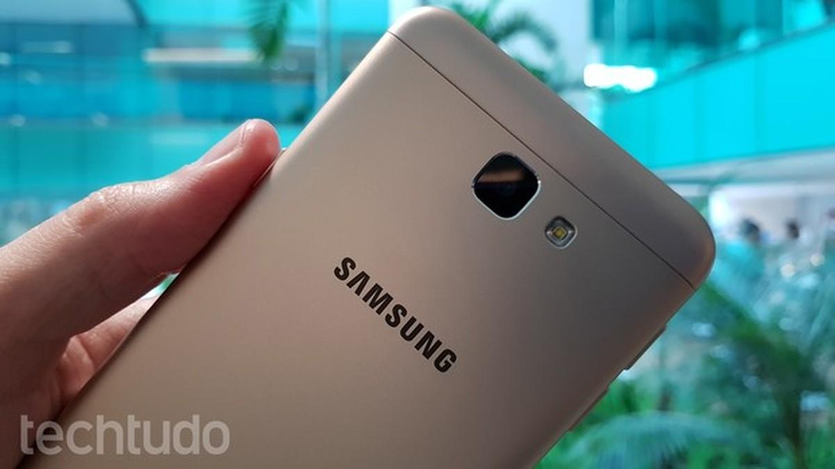 Como inserir um chip no Samsung Galaxy J5 Prime