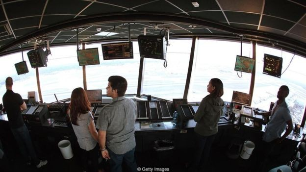 Controladores de tráfego aéreo e millennials enfrentam tensões semelhantes  (Foto: Getty Images/via BBC News Brasil)
