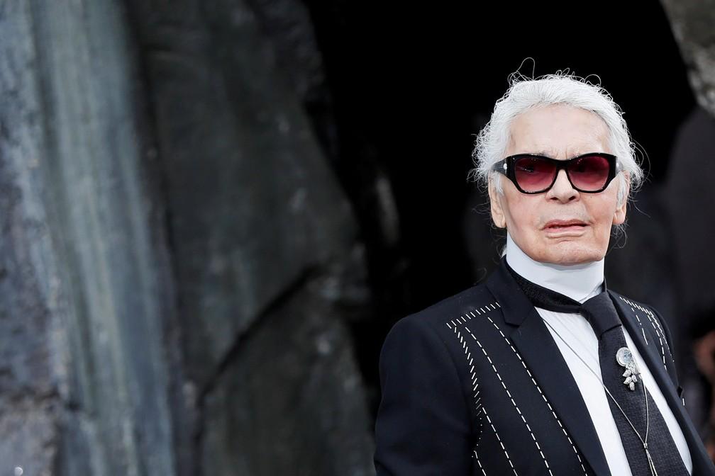 Karl Lagerfeld durante apresentação da coleção Primavera Verão 2018 da Chanel, em Paris — Foto: REUTERS/Gonzalo Fuentes/Arquivo