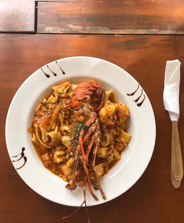 Fettuccine com lagostine e frutos do mar; Valor: R$ 58 (Foto: Casa e Jardim / Juliana Benetti)