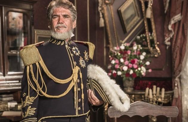 Jackson Antunes vive o Marquês de Caxias, que mais tarde se tornará o Duque de Caxias. Apesar de muito amigo de Dom Pedro, costuma se desentender com ele por pensamentos distintos  (Foto: TV Globo)