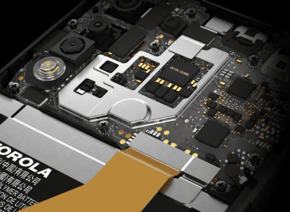 Hardware do Moto G8 Power Lite não traz Wi-Fi 5 GHz, Bluetooth 5.0 nem chip NFC — Foto: Divulgação/Motorola