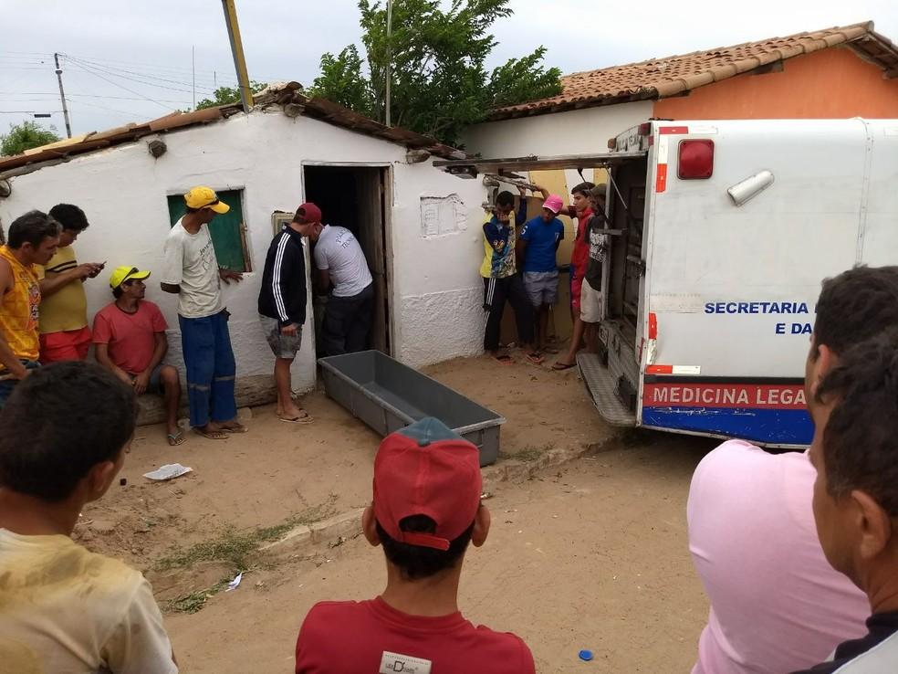 Três mortes foram registradas em Jandaíra na madrugada desta terça (23)  (Foto: Eurípedes Dias )