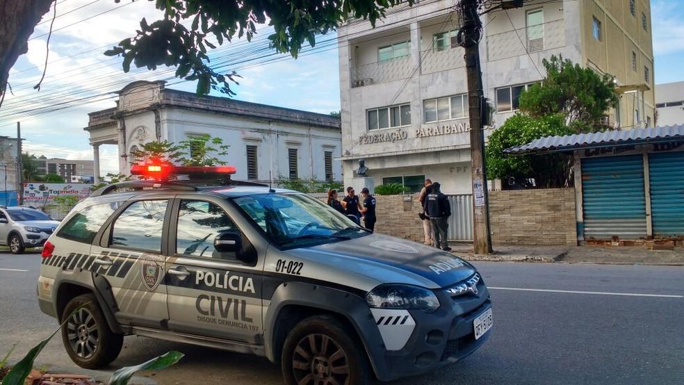 Operação Cartola investiga uma organização criminosa por falsidade ideológica e manipulação de resultados no futebol profissional da Paraíba — Foto: Polícia Civil/Divulgação