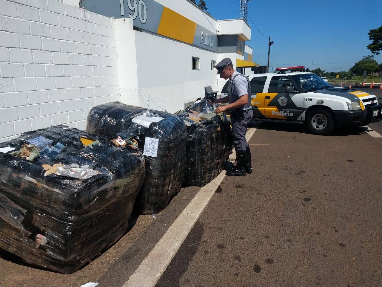 Fiscalização apreende 5 mil produtos entre cosméticos, óculos, relógios e roupas do Paraguai em Presidente Prudente
