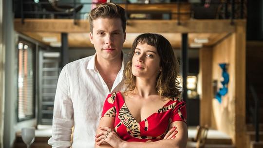 Thiago Fragoso comenta relação de Clara e Patrick: 'Torço para ficarem juntos'